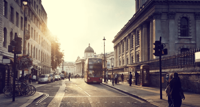 High Street Retail dying? Why companies need to build their eCommerce